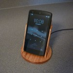 Nexus 5 with Oak Stand for Wireless Charger